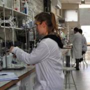 הנחיות בטיחות ונהלי עבודה במעבדה הכימית